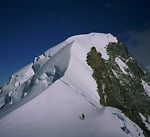 Climbers on Hochstetter Dome by GaryMcKiernan