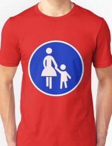 Sonderweg für Fußgänger. T-Shirt