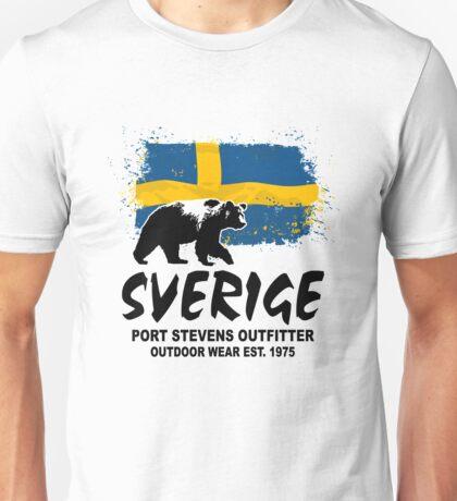 Sweden - Flag & Bear Unisex T-Shirt
