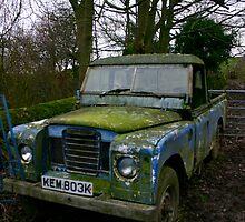 Mossy Landrover by gematrium
