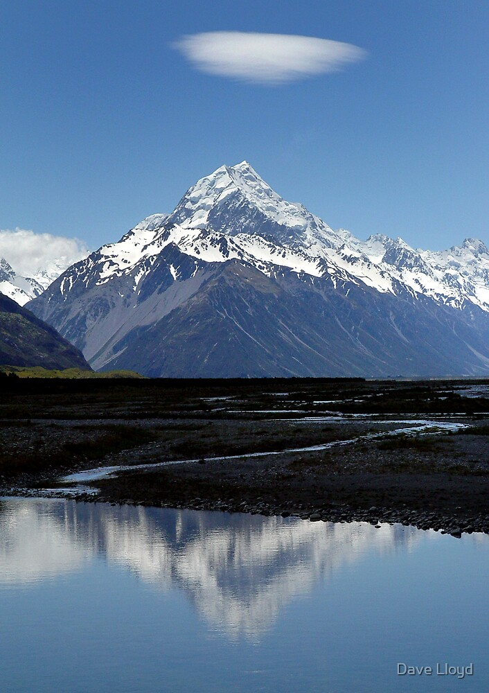Mount Cook, New Zealand by Dave Lloyd