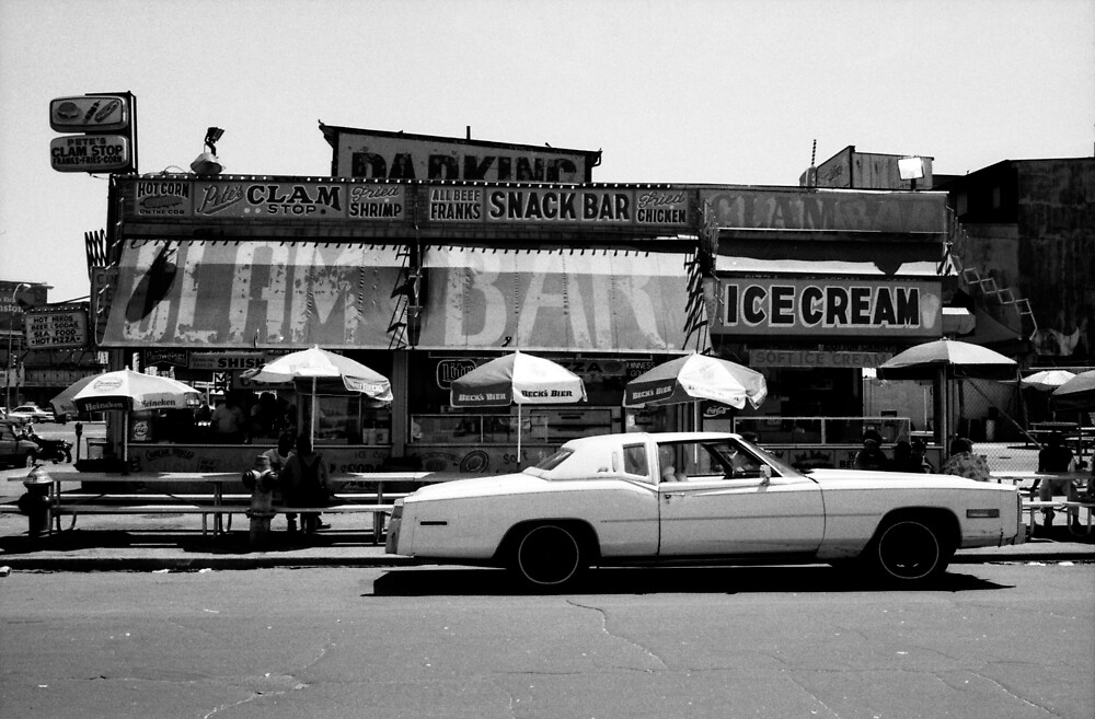 Clam Bar, Coney Island by laurencedodd