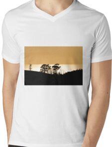 Brandons Lookout Sunrise, Tasmania Mens V-Neck T-Shirt