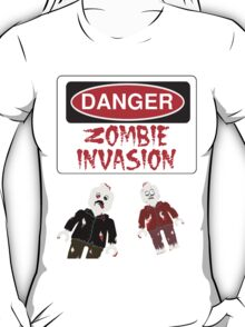 DANGER ZOMBIE INVASION T-Shirt