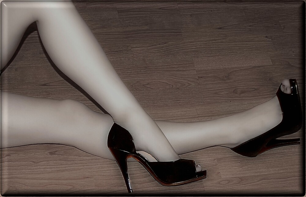 Black Shoe by Mien