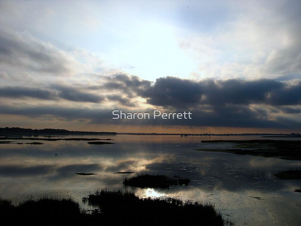 Sunrise 23-9-07 by Sharon Perrett