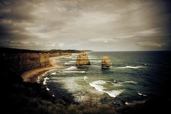 Twelve Apostles at Gibsons Beach, Great Ocean Road, Victoria by Samantha Cole-Surjan