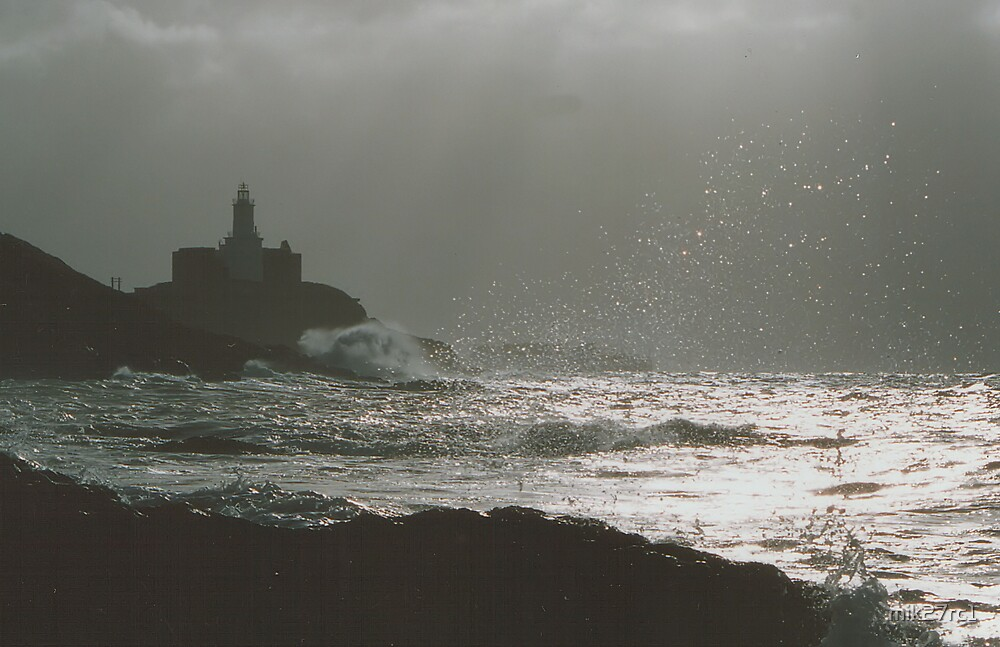 mumbles lighthouse by mik27rc1
