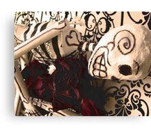 Embracing death Canvas Print