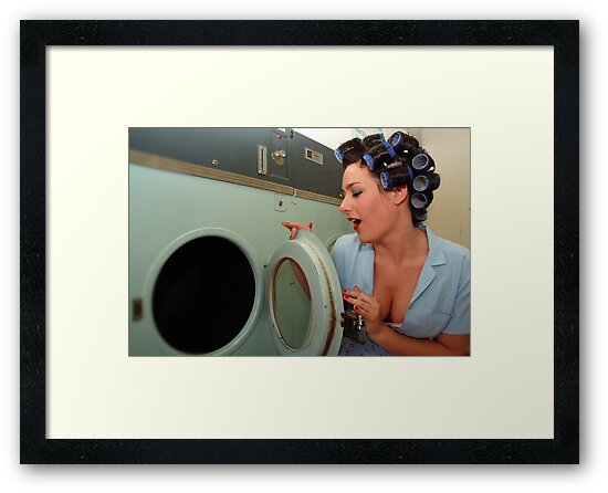 Retro Pin Up - Sparkly Kleen by Tee Brain Creative