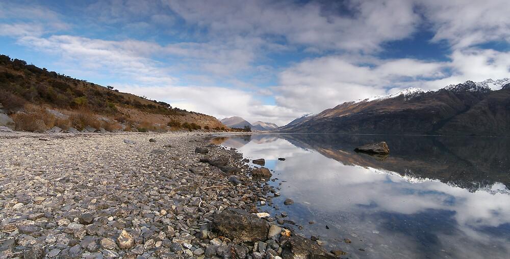 Lake Wakatipu, New Zealand by David James