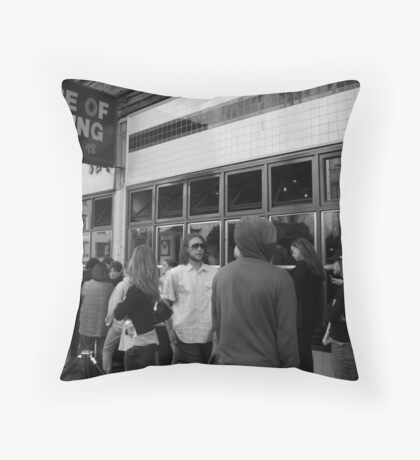 The world-famous house of NanKing Throw Pillow