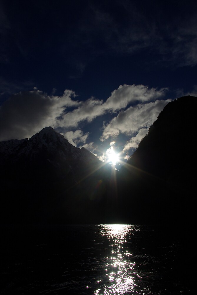 Sunlight in Milford Sound by Geoff46