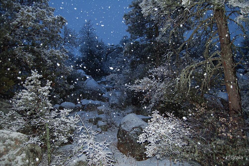 snowy night by rfsjraia