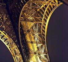 Eiffel Tower by SpikeFlutie