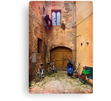 Lunchtime in Pienza Italy Canvas Print