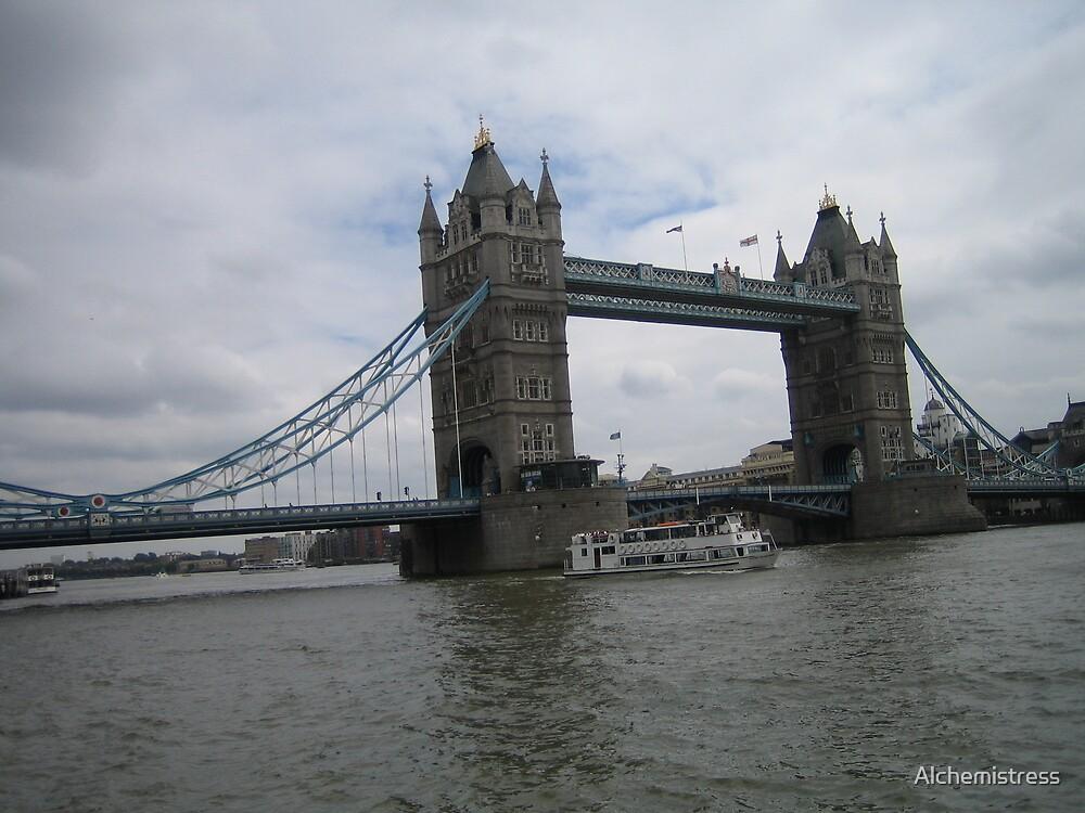 London Bridge by Alchemistress