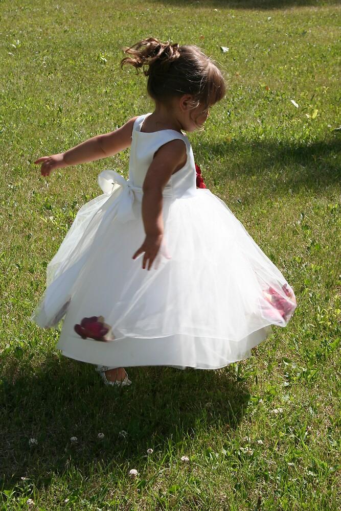 Tiny Dancer by TracyB