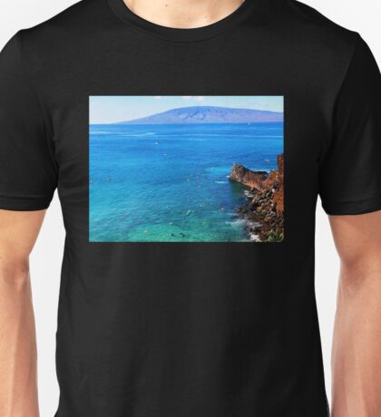 BLACK ROCK BEACH Unisex T-Shirt