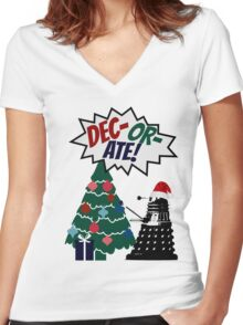 DEC-OR-ATE! Dalek Christmas Women's Fitted V-Neck T-Shirt