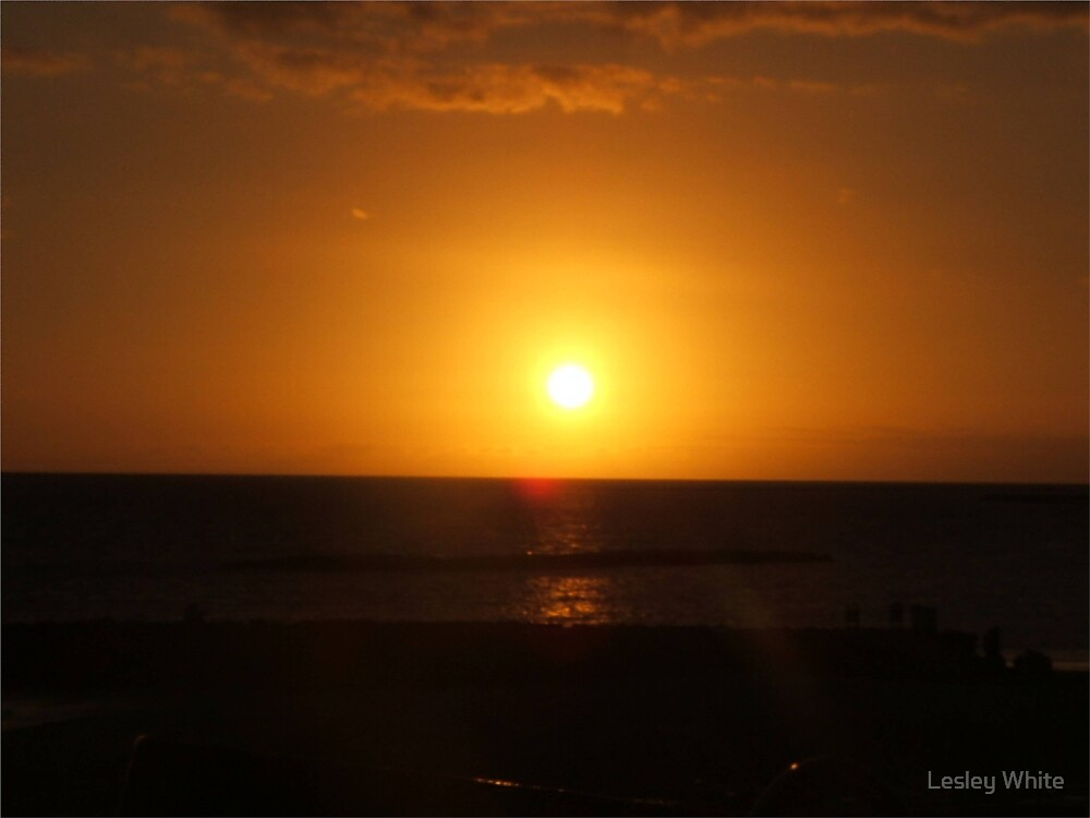 Sunset 2 by Lesley White