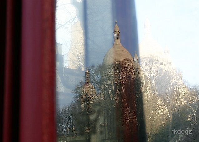 Sacre Coeur reflection by rkdogz