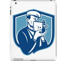 Cameraman Vintage Video Camera Shield Retro iPad Case/Skin
