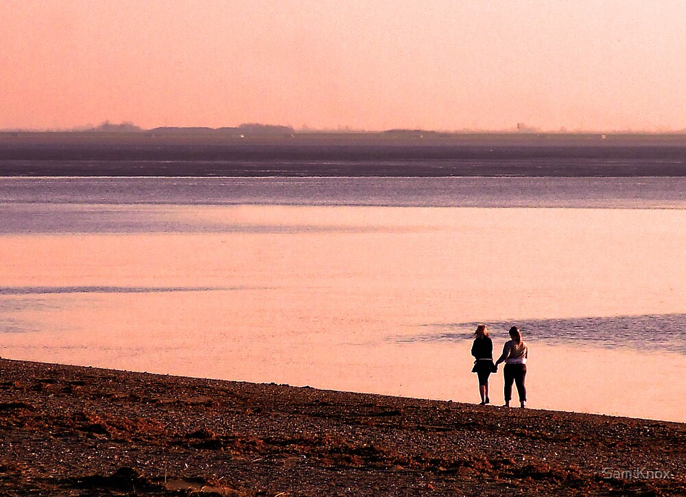 Evening stroll along the shoreline by Sam Knox