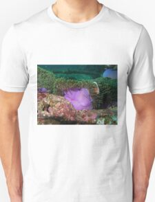 Anemone in current Unisex T-Shirt