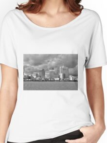 Canary Wharf Women's Relaxed Fit T-Shirt
