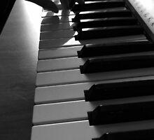 Piano by aodena
