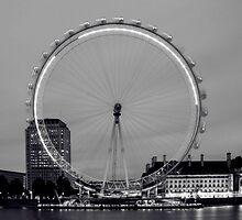 London Eye by deejaypow