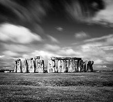 Stone Henge by deejaypow