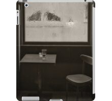 A Pint Of Beer On A Rainy Day iPad Case/Skin