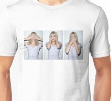 emma stone see/hear/speak no evil Unisex T-Shirt