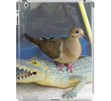 Dovey On The 'Gator iPad Case/Skin