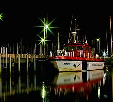 """""""Harbourside Reflections"""" by Phil Thomson IPA"""