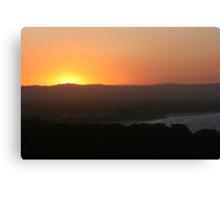 byron sunset 2 Canvas Print