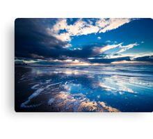 extreme sunset reflections  Canvas Print