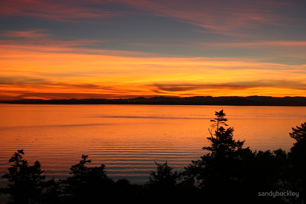 Sunset on the Straits by sandybuckley