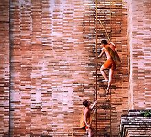 Monks at Chedi Luang by Philipp Verges