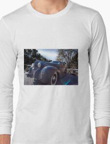 Unique Rod Long Sleeve T-Shirt