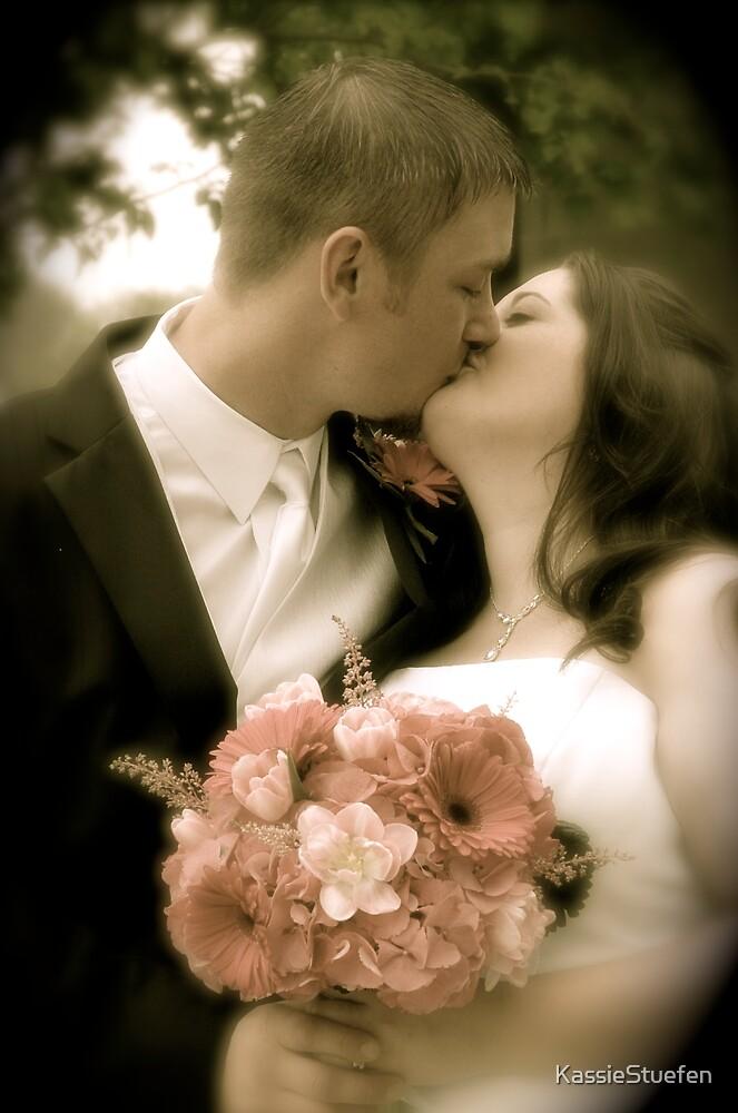 kiss by KassieStuefen