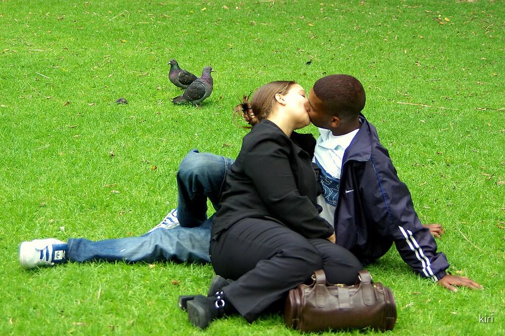 Kiss by kiri