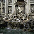 La Fontana Trevi by LOREDANA CRUPI