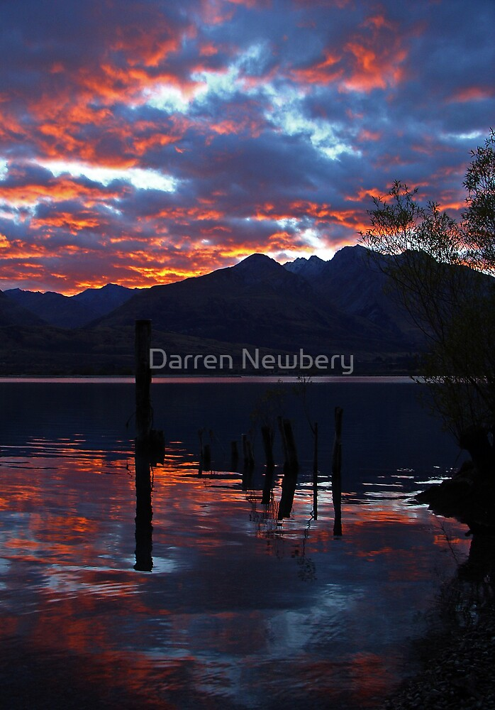 Lake Wakitipu Sunrise by Darren Newbery