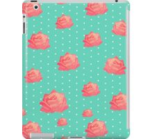 Chinoiserie Vintage floral print - roses on polka dots iPad Case/Skin