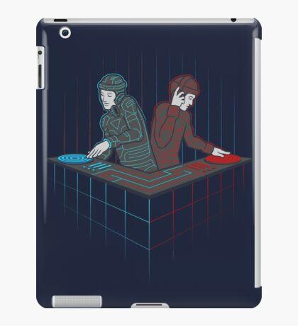 Techno TRONic iPad Case/Skin