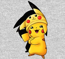 Pika-hat Pikachu  T-Shirt