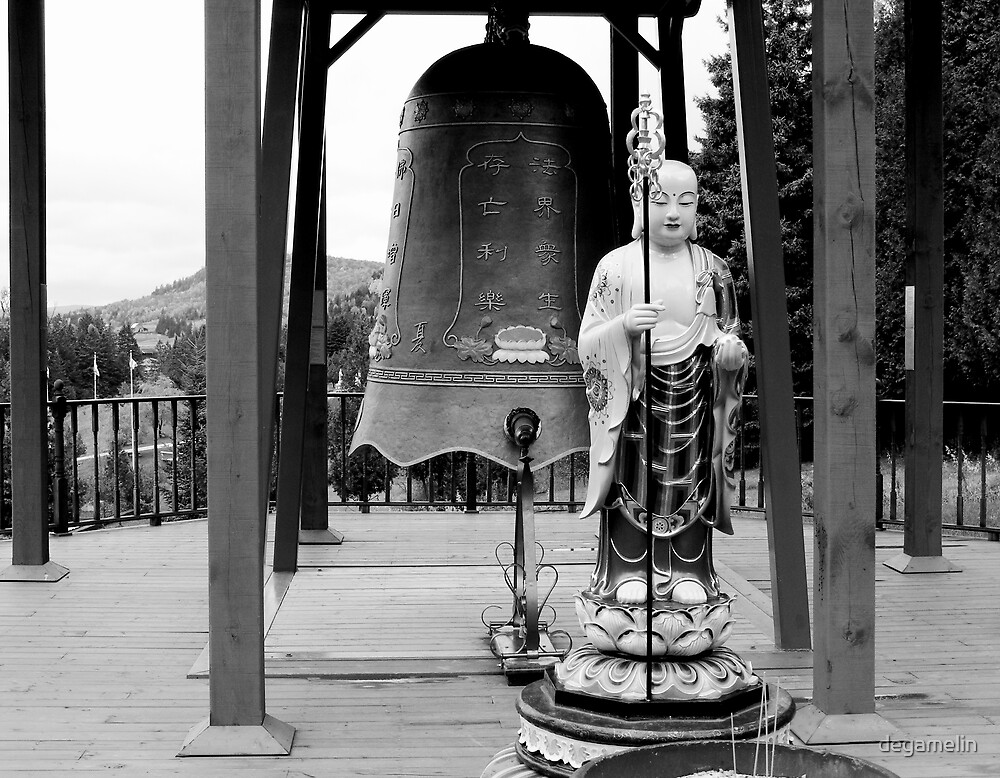 asian bell  by degamelin